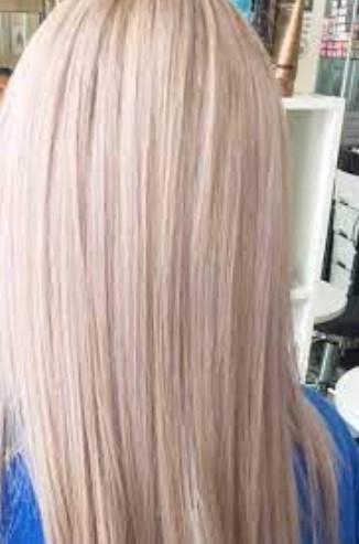 Modifier le ton de vos extensions de cheveux blonds