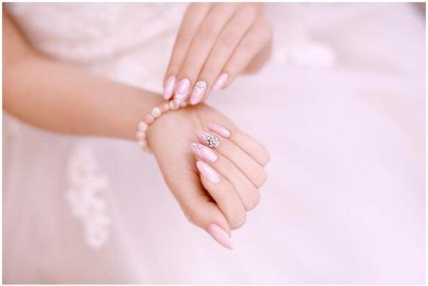 vernis et bijoux